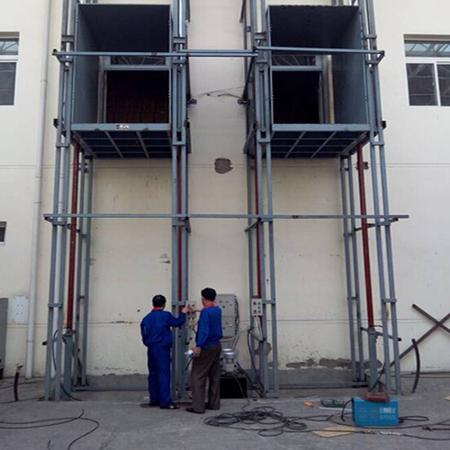 朝鲜首都卷烟厂升降货梯